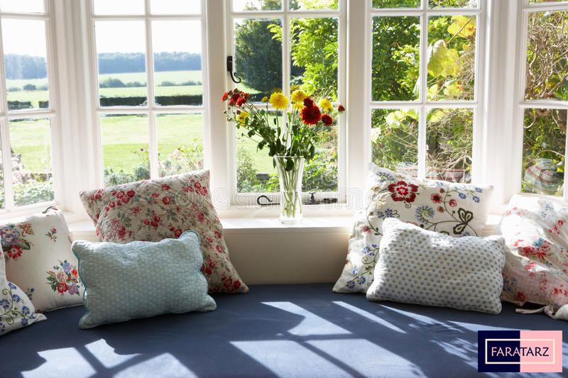 فضایی برای نشستن کنار پنجره