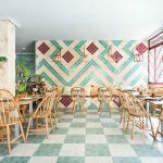 چگونه طراحی داخلی رستوران مدیترانه ای ایجاد کنیم؟